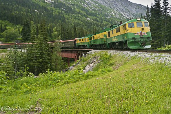 Alaska-adventure-Whitepass-Railway-Skagway
