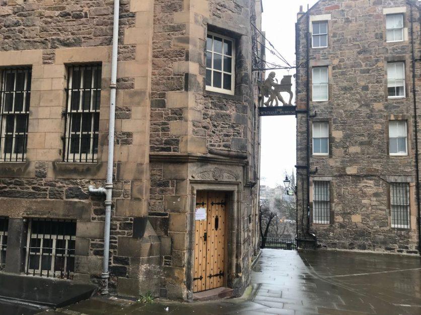 edinburgh sightseeing | writer's museum