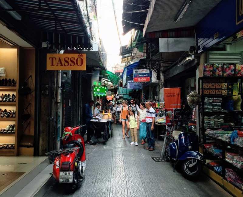 sampeng bangkok market