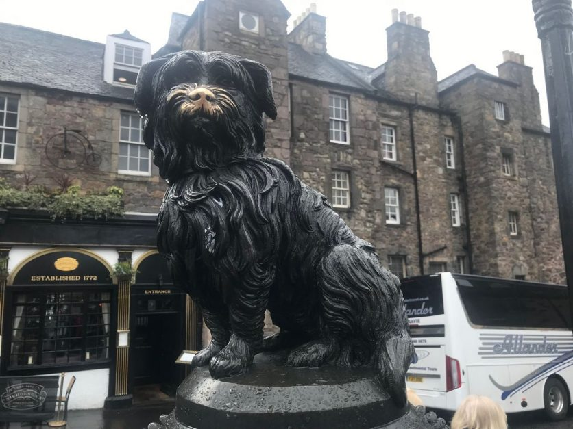 Greyfriar's Bobby what to see edinburgh