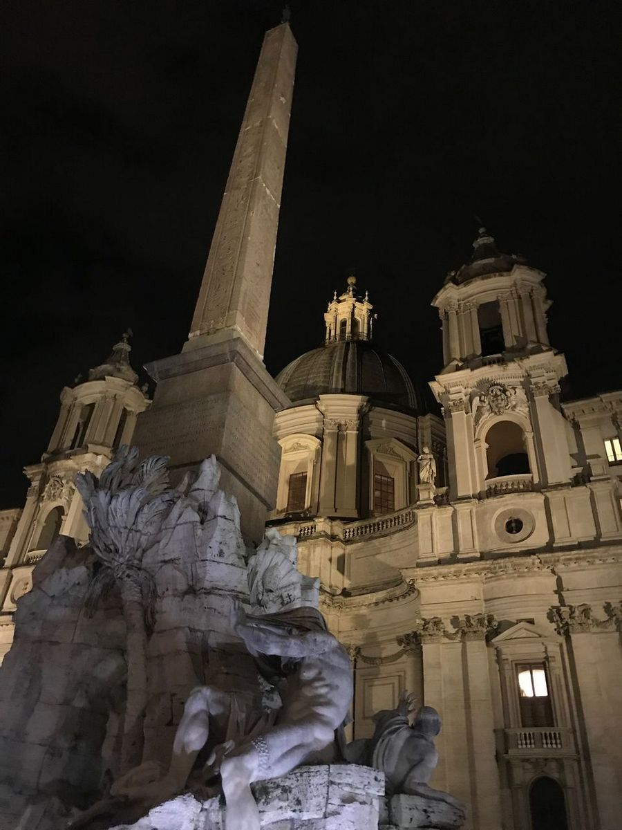 3 Days in Rome visit the Piazza Navona