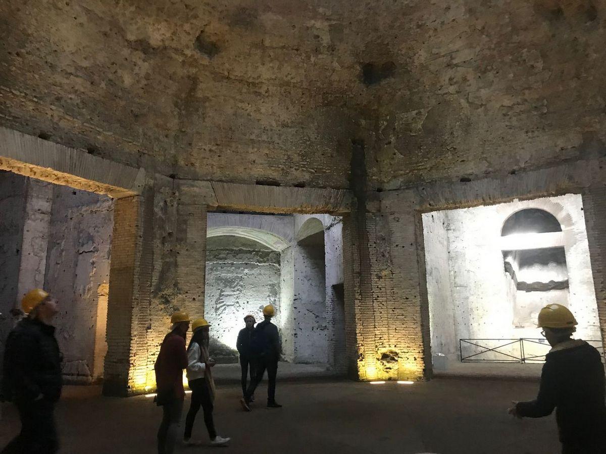 Octagonal room in the Domus Aurea.