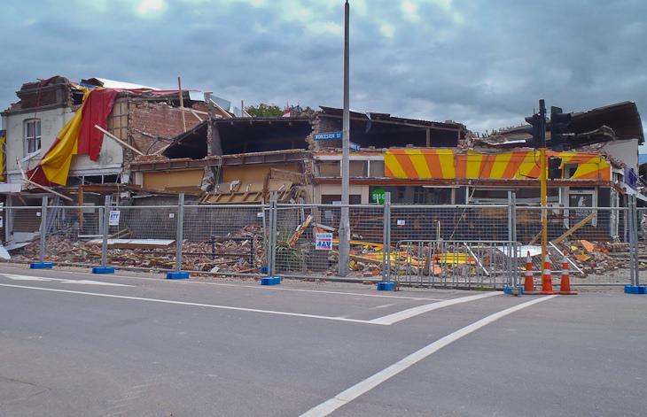 store damage earthquake