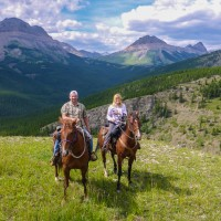 Anchor-D-Ranch-mountain-trail-ride-alberta