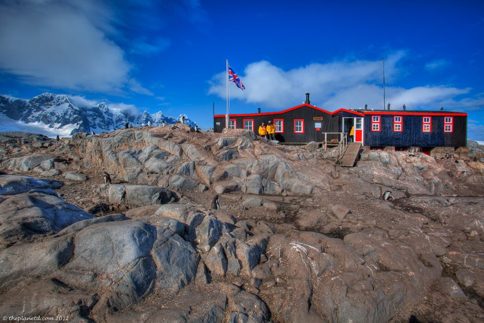 A postal office in antarctica you betcha for Port lockroy