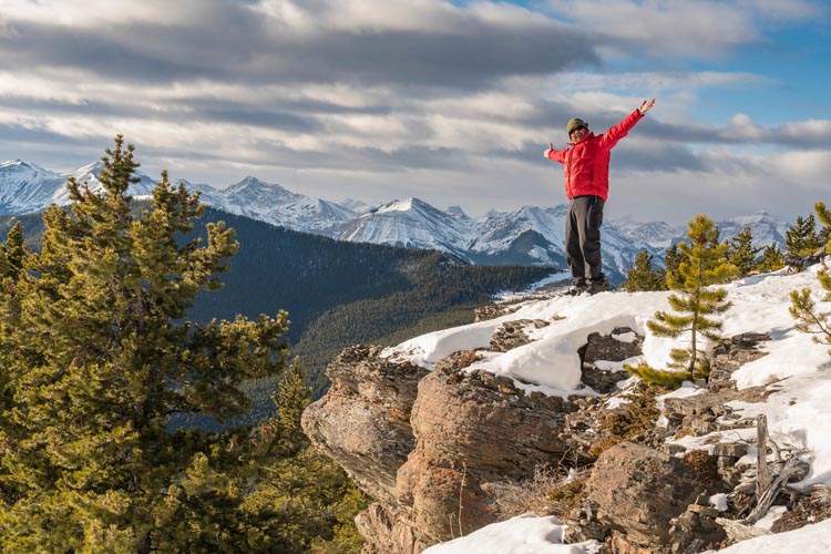 banff snowshoe and helicopter tour