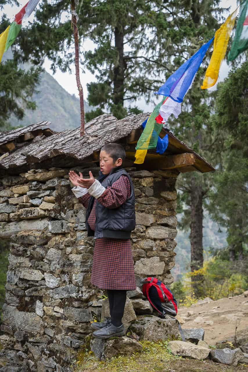 laya greeting on Bhutan Trek