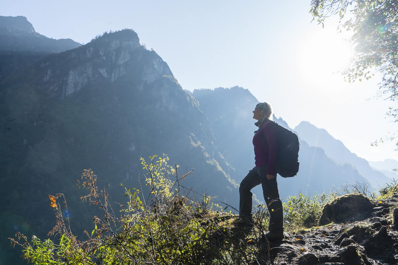 bhutan trek to laya trail