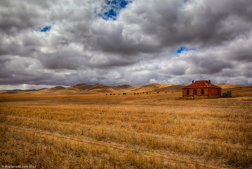 Midnight Oil Diesel and Dust – Photo of the Burra Homestead