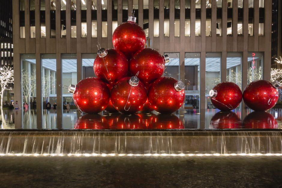 christmas in new york Christmas balls
