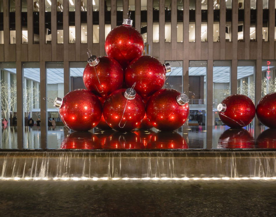 Best Flights From Ny On Christmas 2021 Christmas In New York 2020 What To Do In Nyc For The Holidays