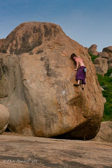 hampi climbing