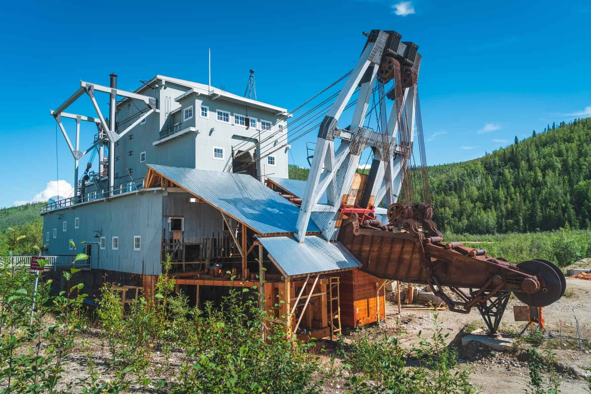dredge 4 gold mine dawson city