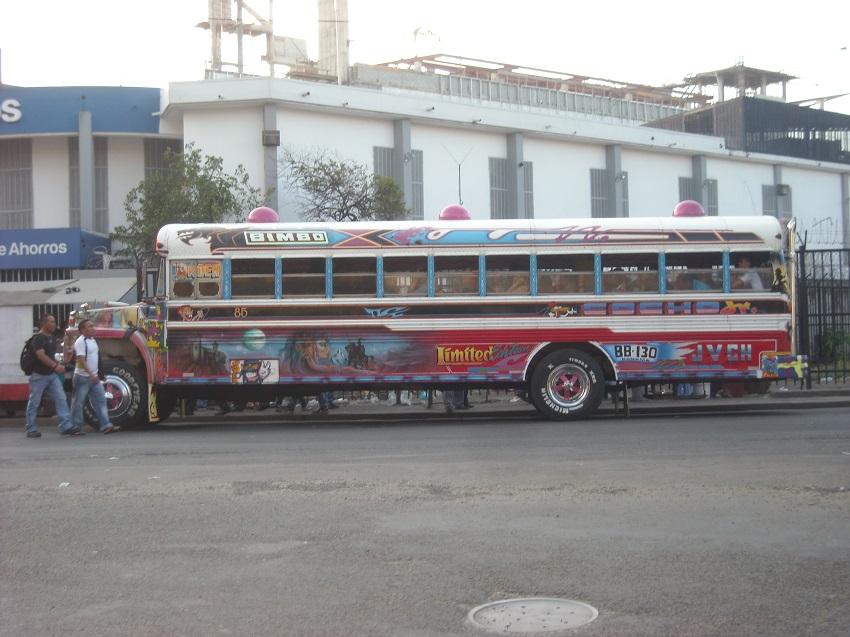 Diablo Rojo - Panama Bus (1)