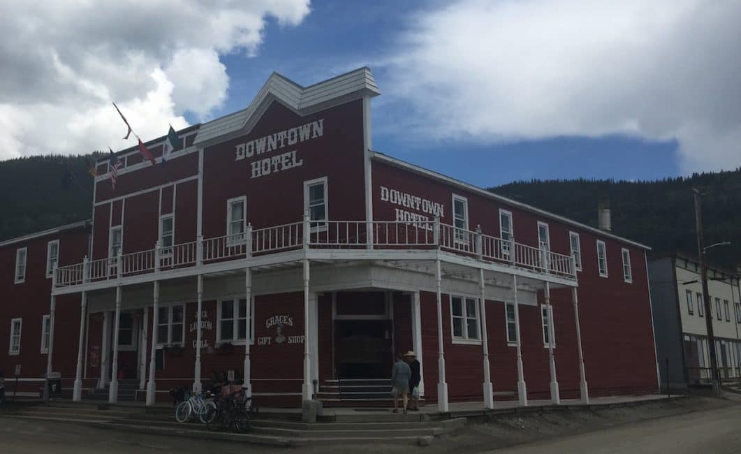 The Sourtoe Cocktail – Dawson City's Dead Toe Cocktail
