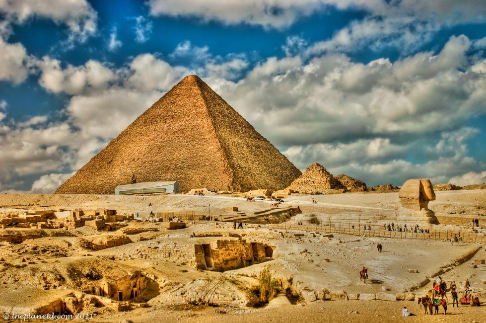 Egypt-pyramids-4