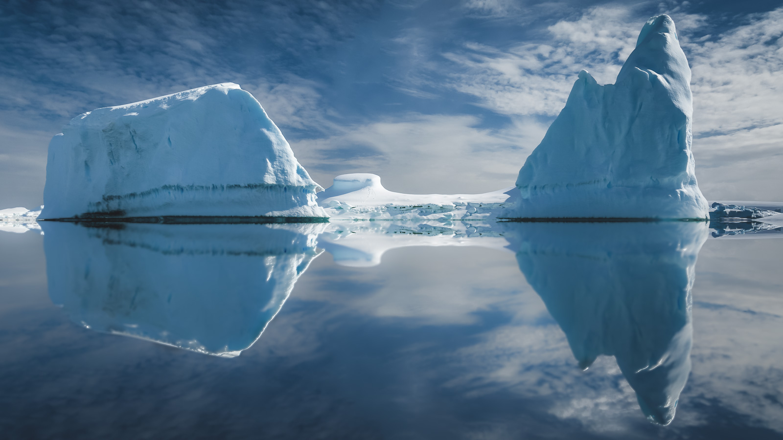 Antarctica is close to New Zealand