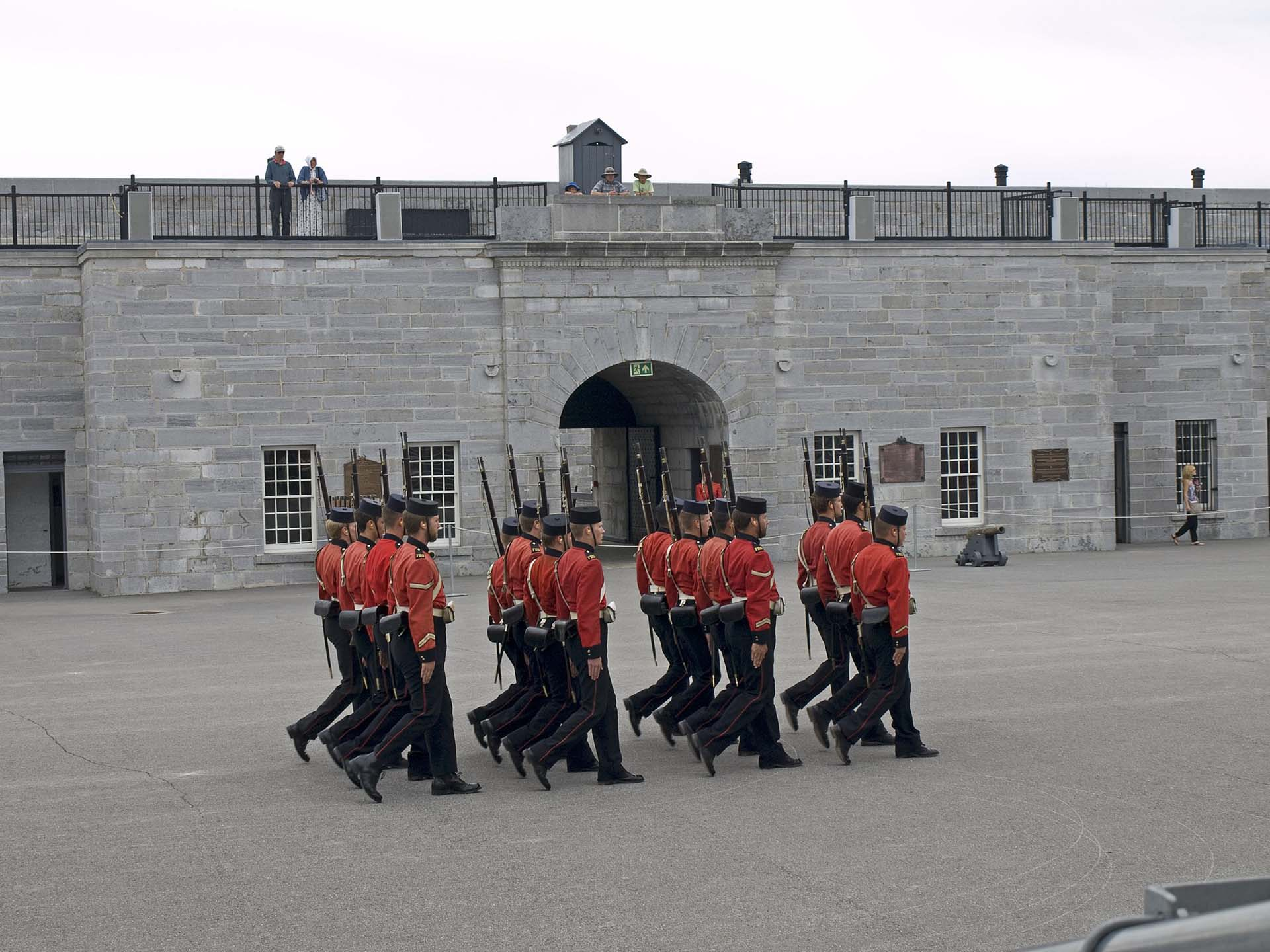 soldiers at fort henry