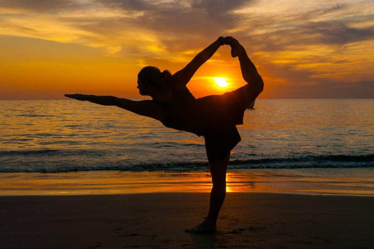 travel jobs teach yoga