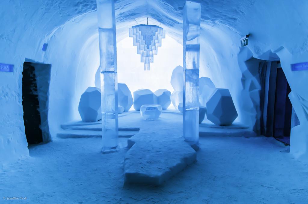 ice hotel: