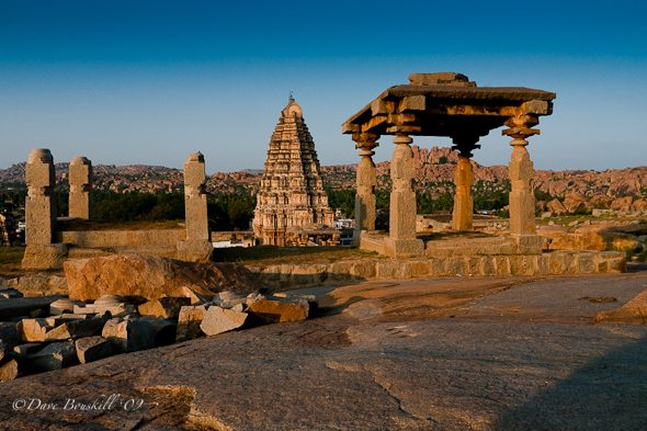 hampi india, Virupaksha temple and ruins