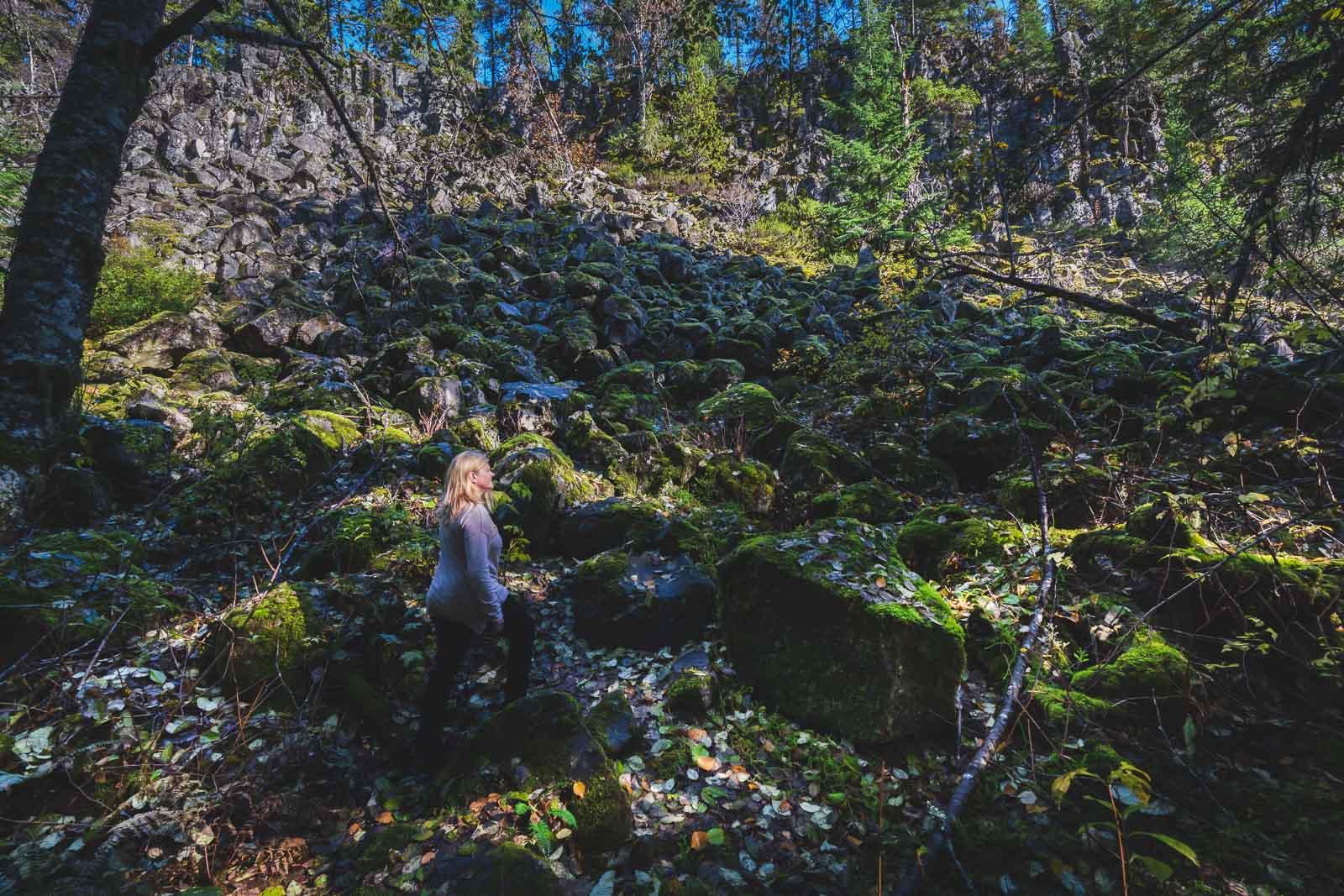 Hiking Upper Shannon Falls near Squamish BC
