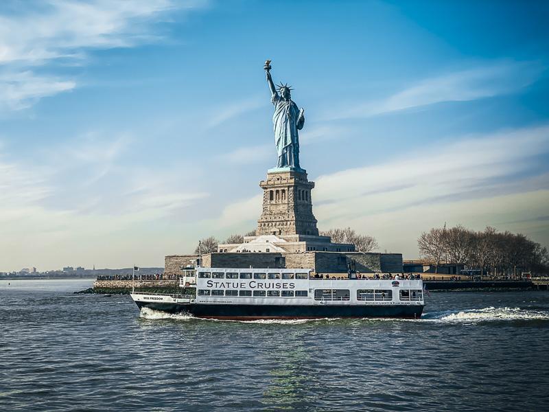 Совет для посещения Статуи Свободы Посещение рано утром Советы по посещению Статуи Свободы и острова Эллис Советы по посещению Статуи Свободы и острова Эллис How to visit Statue of Liberty New York City Ferry