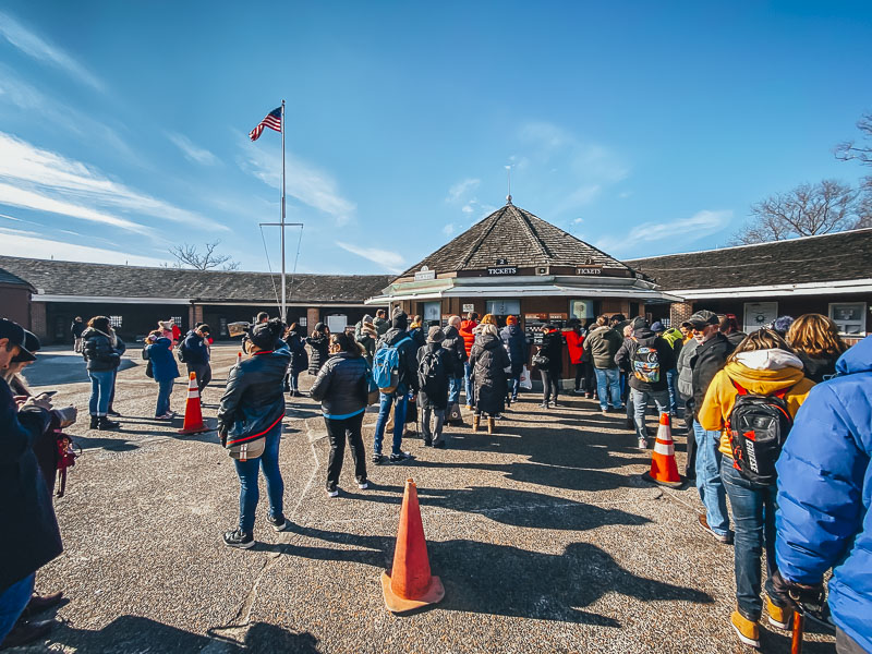 Lines to buy tickets to the statue of Liberty and Ellis Island