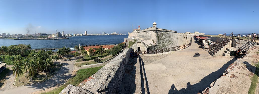 free things to do in havana el morro from the outside