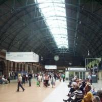 Inside_central_railway_station,_sydney