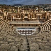 Jerash-amphitheater-jordan-1-L