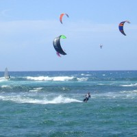 Kite_surfing