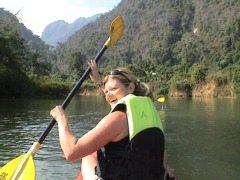 Laos-Vang-Vieng-Paddle-Nam-Song-River