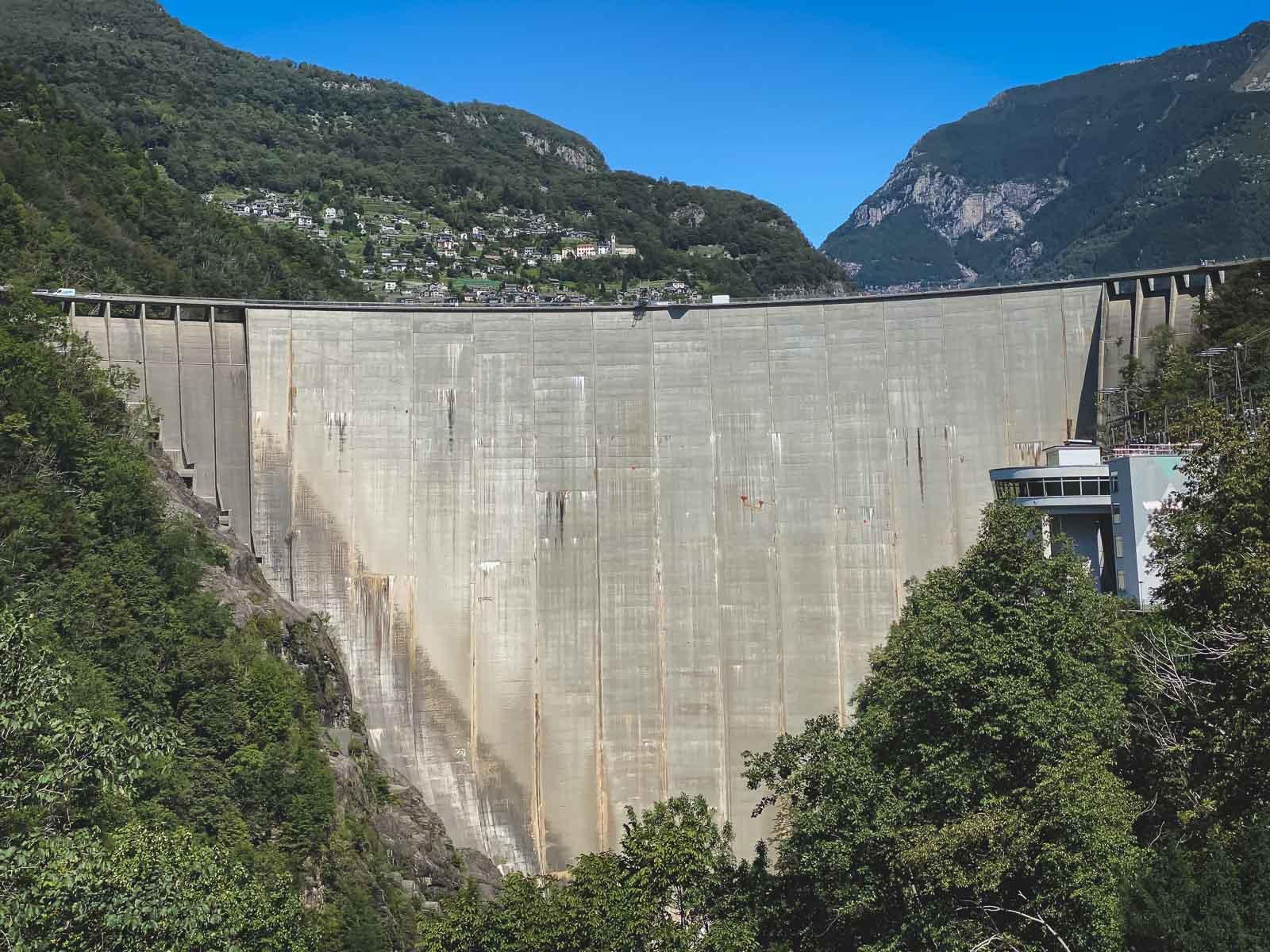 Visiting the Verzasca Dam in Ticino
