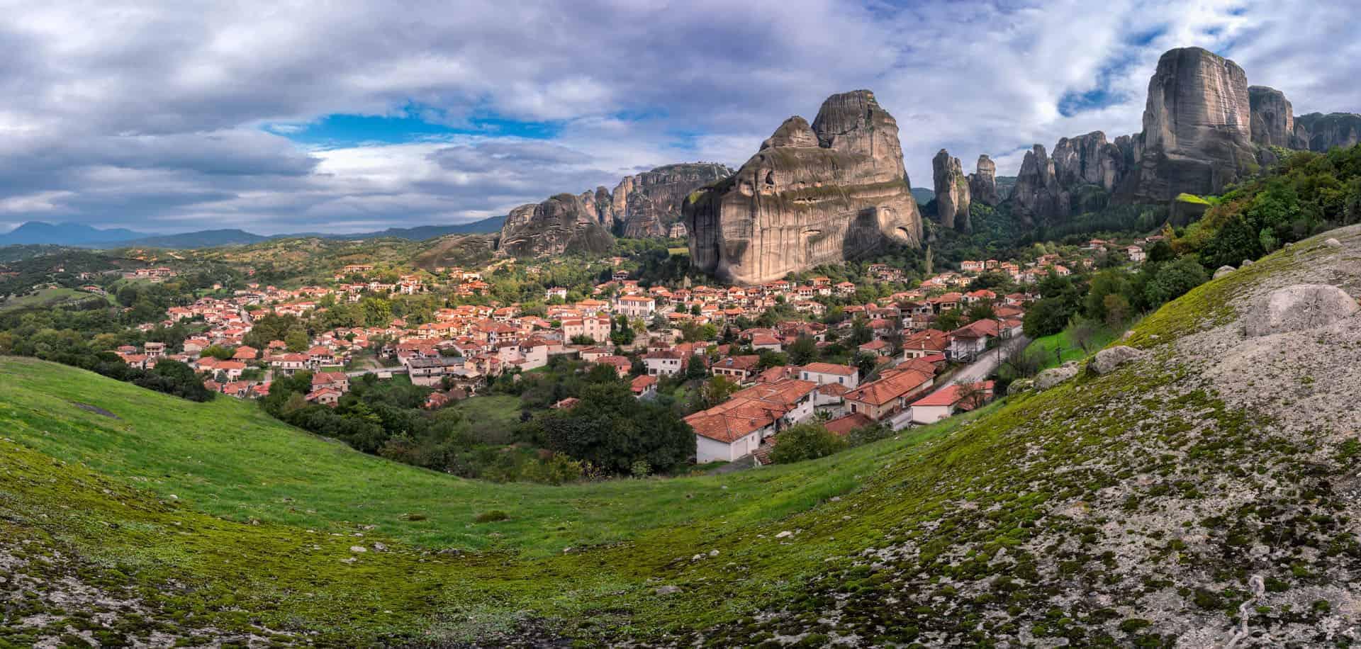 monasteries overlooling teh city of Kalabaka in meteora