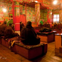 Monks-Monastery-nepal-everest-tengboche