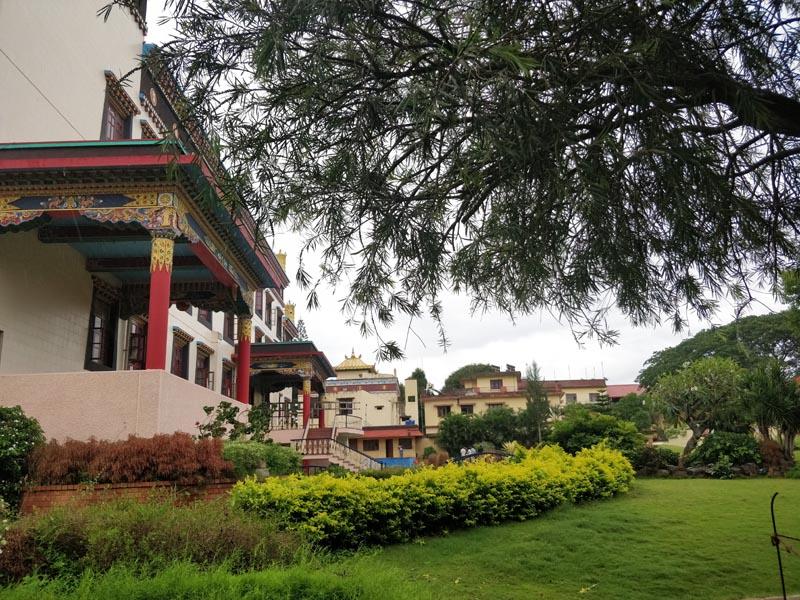namdroling monastery karnataka