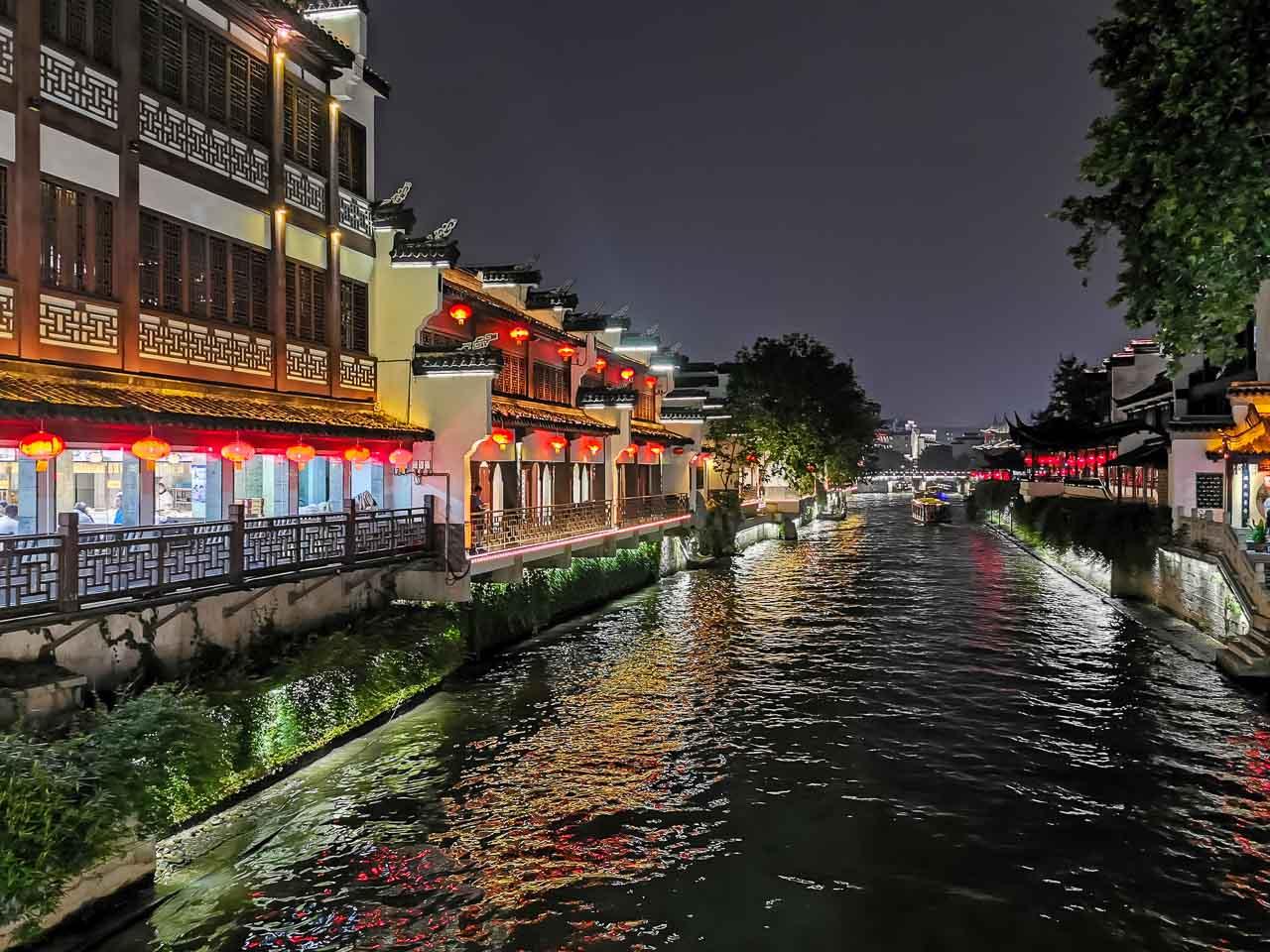 Nanjing Boat ride at confucious temple