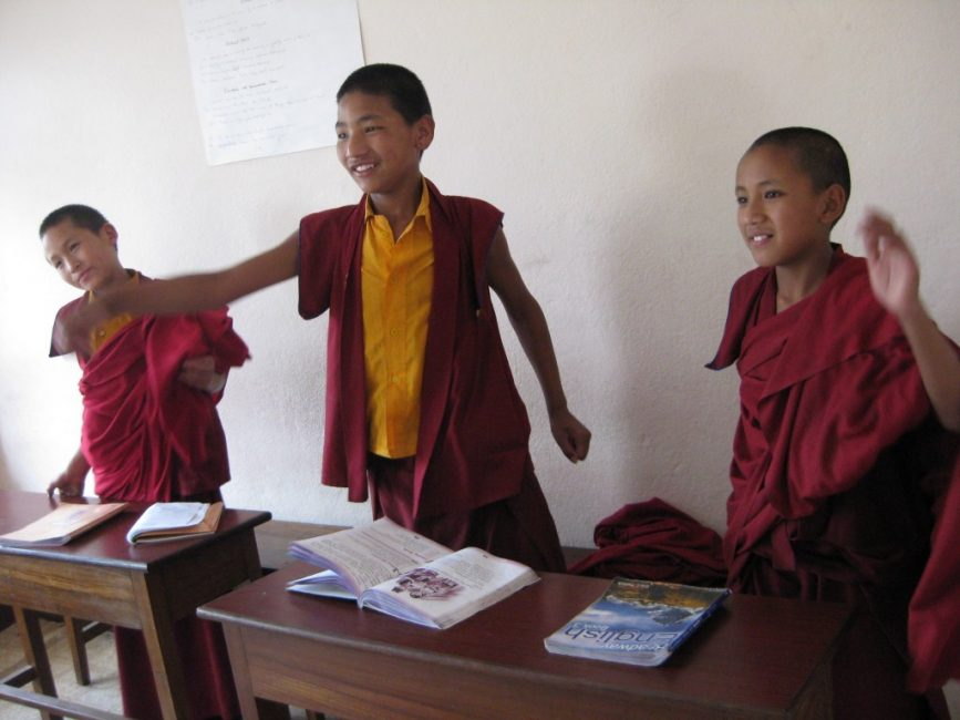 volunteer Nepal teaching monks