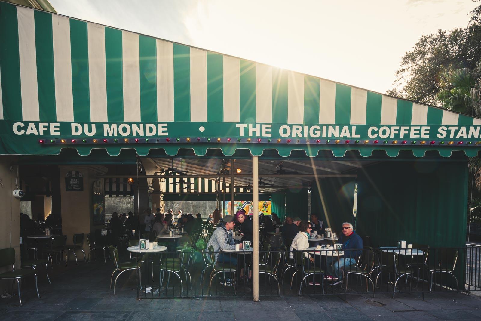 cafe du monde - 3 days in new orleans breakfast