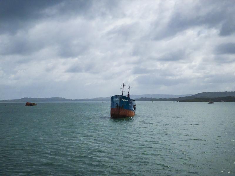 Cimetière de bateaux du canal de Panama