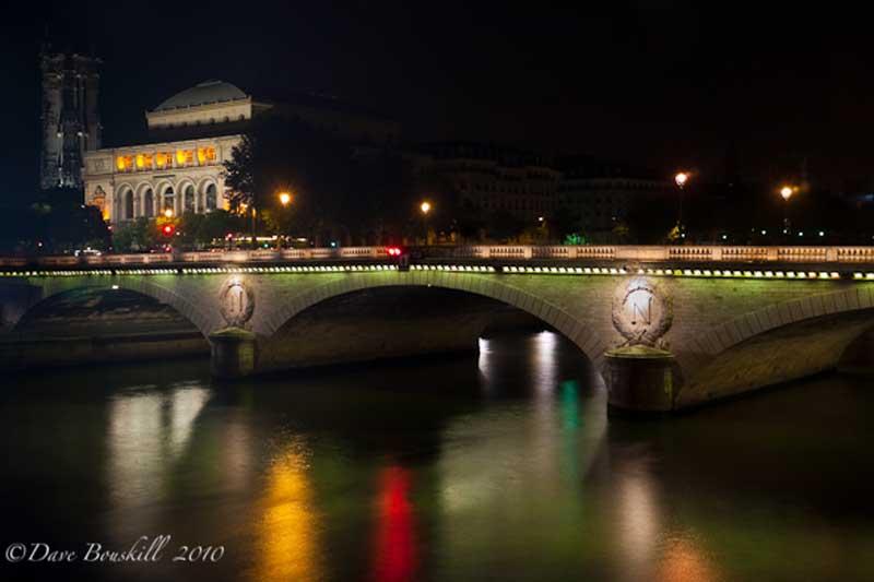 pont neuf brdige at night