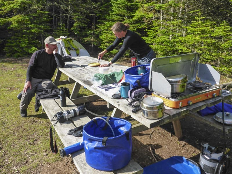 cooking outdoors while camping in ontario