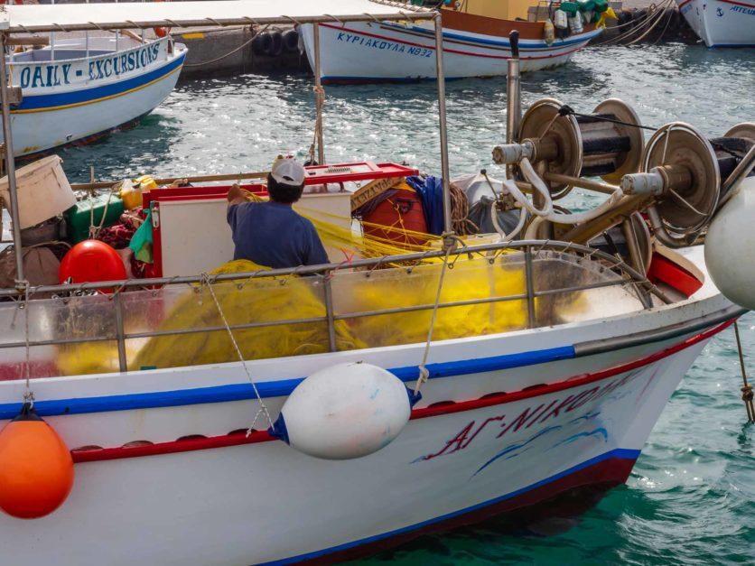 santorini places to visit amoudi bay