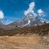 Plane-Takeoff-everest-nepal
