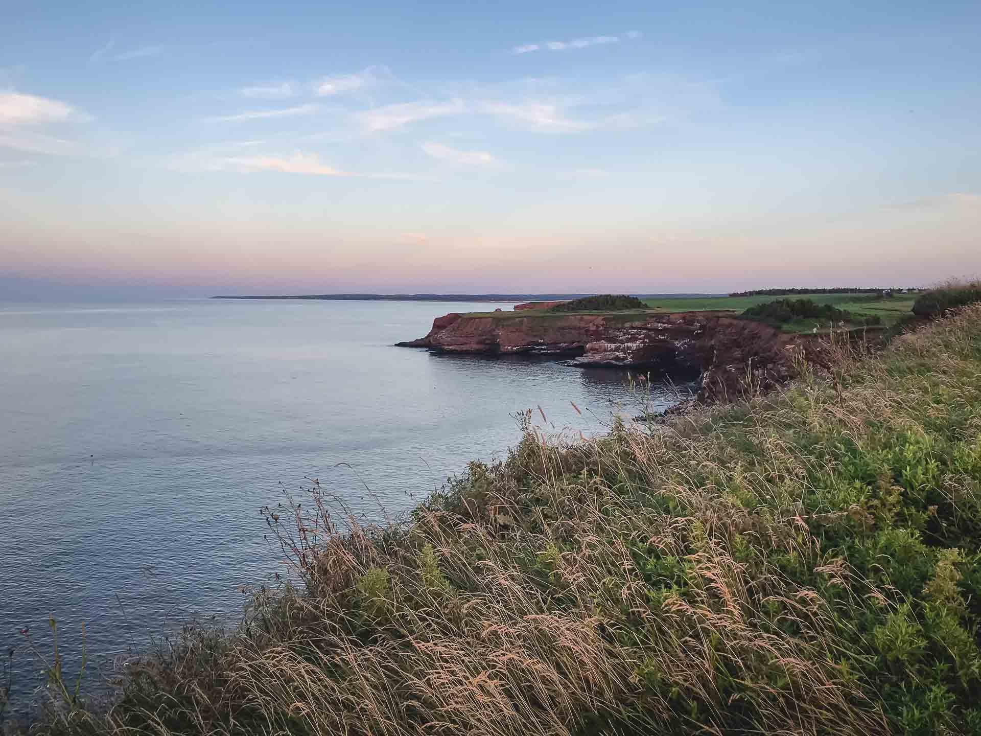 cavendish cliffs pei