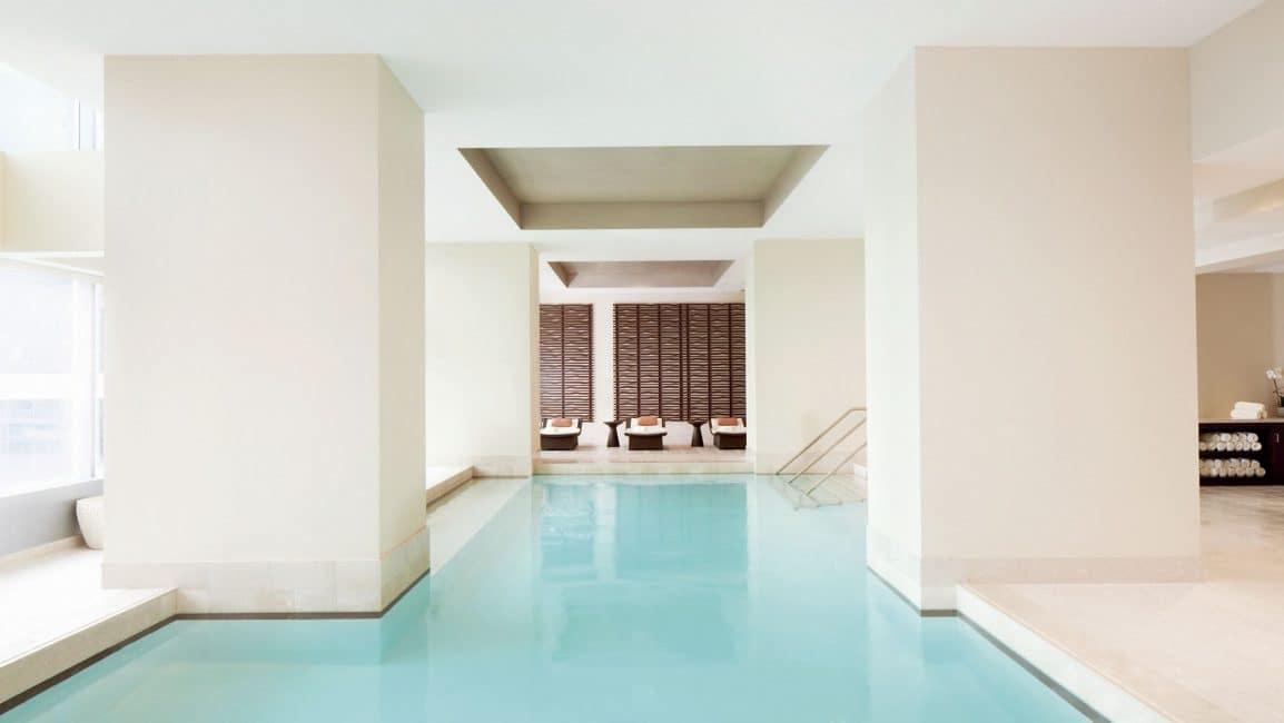 Ritz-carlton-toronto-pool