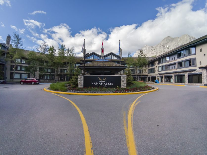 Places to Stay Near Banff National Park | Kananaskis Mountain Lodge