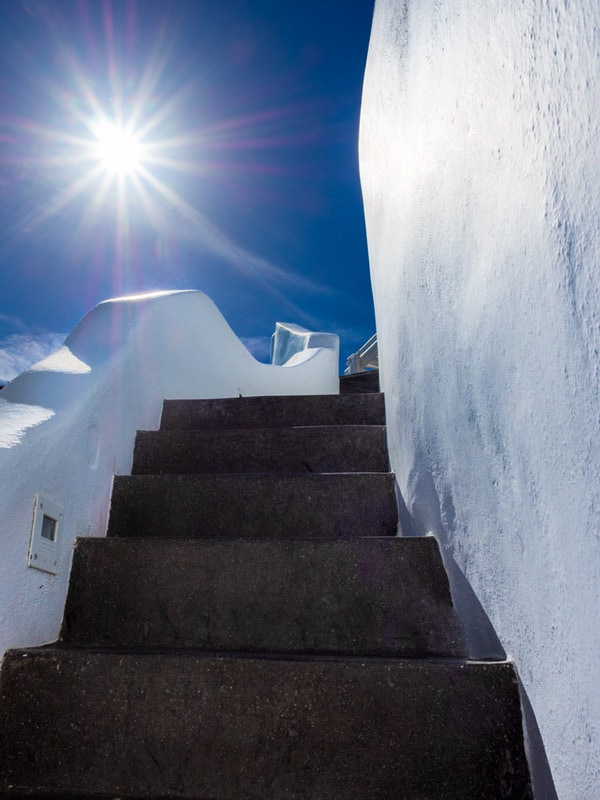 Santorini Photography Guide Whitewashed buildings
