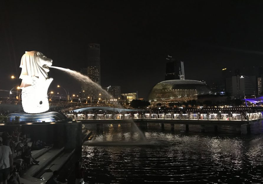 Merlion Park on your Singapore Itinerary at night